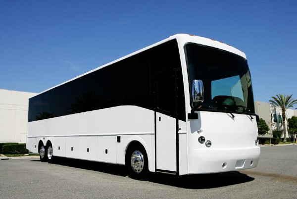 40 Passenger party buses fort wayne