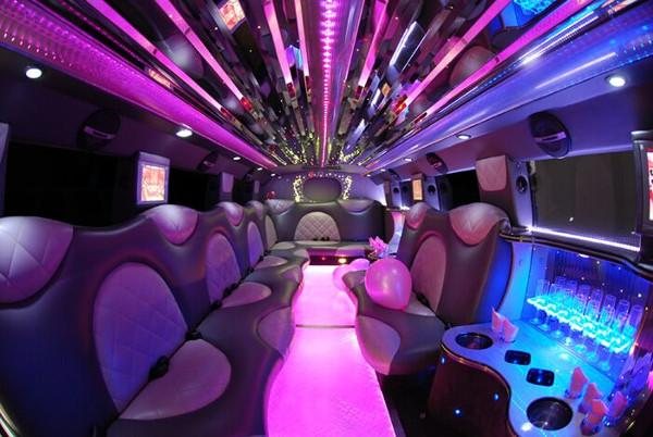 Cadillac Escalade limousine fort wayne