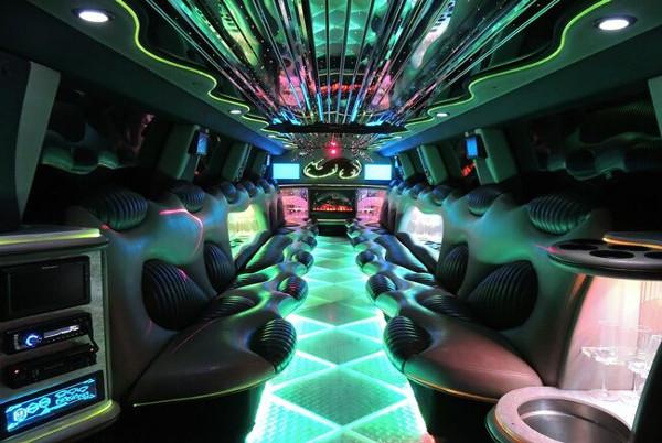 tuxedo hummer limousine fort wayne