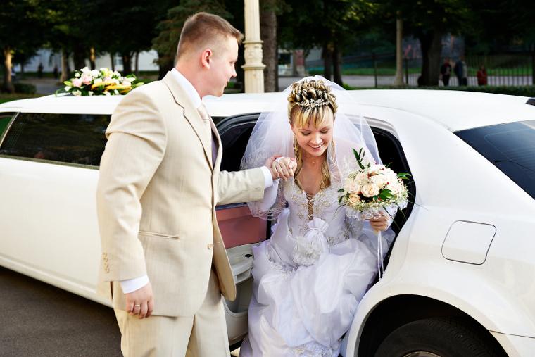 wedding transportation limo service Fort Wayne